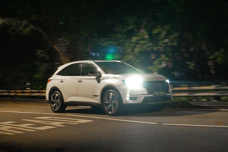 motorist-mreview-ds7-crossback-on-the-move-july-2020