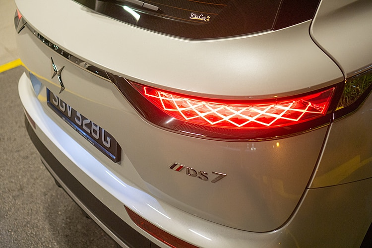 motorist-mreview-ds7-crossback-rear-lamps-july-2020